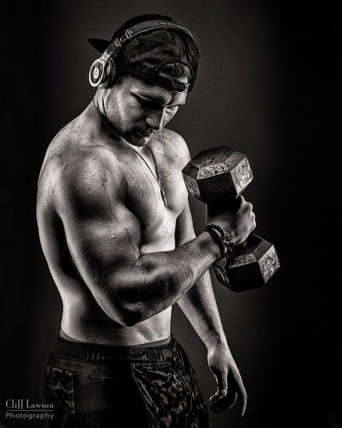 bodybuilder-bw-440