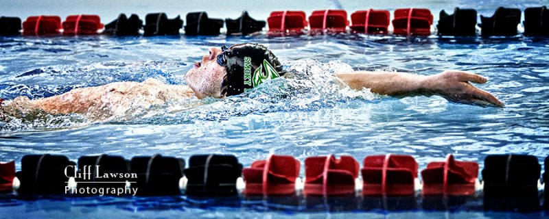 Johnny Dingess swim